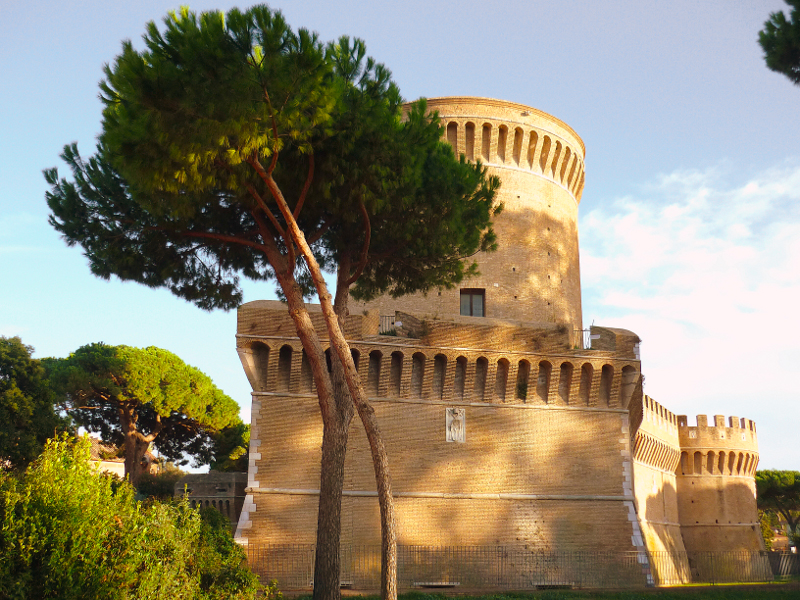 castello-con-pino-(1)